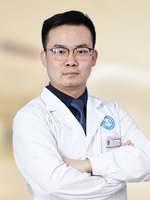 卢飞 医生
